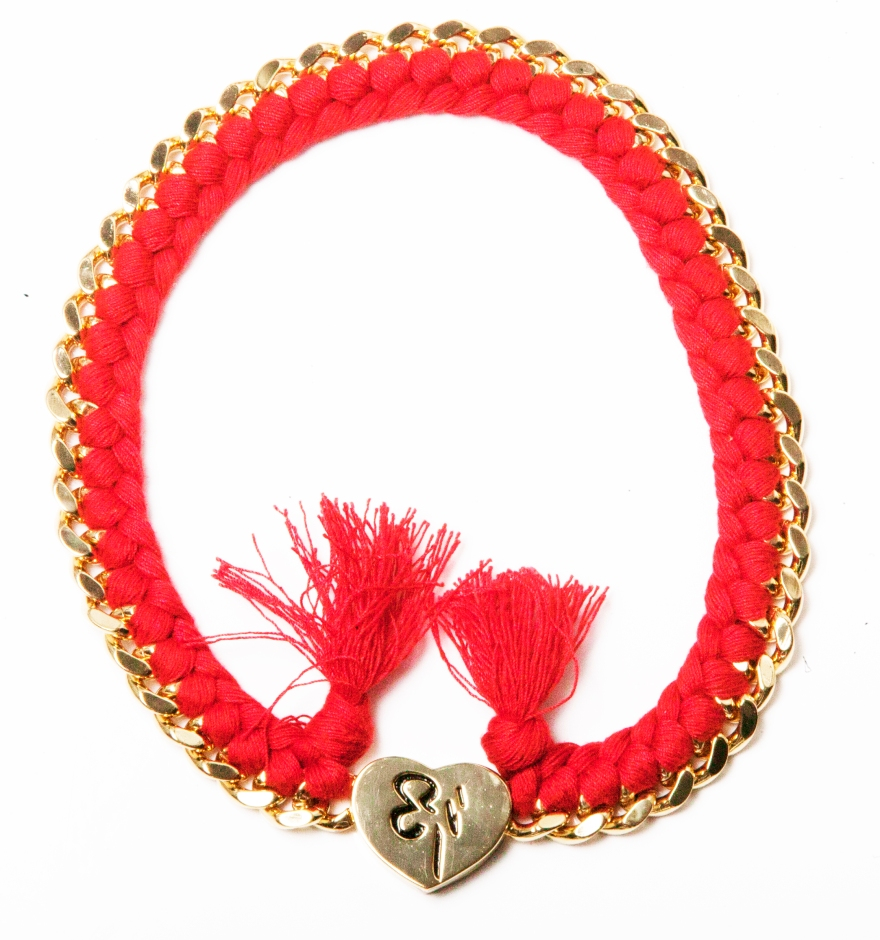 The red represent the love I feel for you and the passion you life your life and the red is to scare the envy of those who are not walking in the sunny side if the street, for my friends, the people with positive energy,this is my gift to you #enjoy embrace the #power #rodrigonewyork #2014 #jewelery made from my #heart